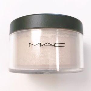 MAC Silver Dusk Iridescent Powder / Loose - NWT